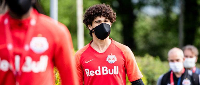 На пути к возвращению: десять европейских лиг, где в мае может возобновиться футбол
